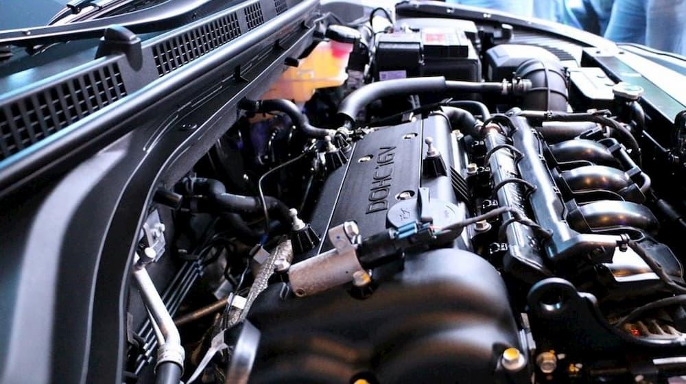 El ventilador del auto tarda mucho en apagarse